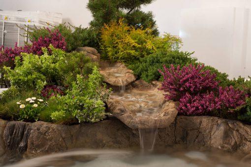 kaskada ogrodowa, średni strumyk - przykładowe aranżacje